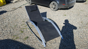 Lawn chair/bed