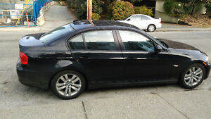 2011 BMW 323i - Fully Equiped - Mint Condition