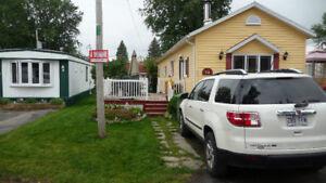 Maison mobile 14x60 presque entièrement rénovée