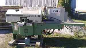 Moulder machine London Ontario image 1
