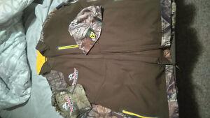 Hunting jacket and hat, beanie Sarnia Sarnia Area image 1