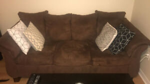 VERY COMFORTABLE SOFA SET (pick up only)