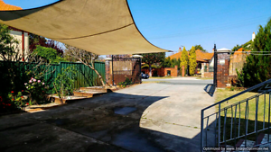 HUGE NICE GRANNY FLAT MOUNT-LAWLEY!!!!!!!!!!!!!!!!!!!! Mount Lawley Stirling Area Preview