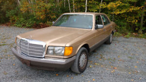 1985 Mercedes-Benz S-Class 300SD Sedan