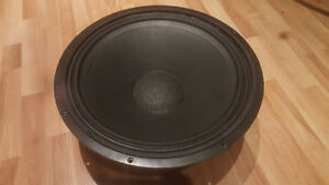 """Wharfedale D-619 18"""" woofer West Island Greater Montréal image 3"""