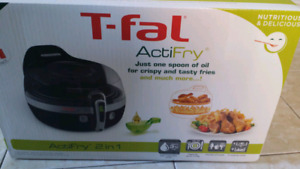 T-fal Air Fryer YV960151 Actifry 2 in 1, brand new