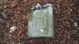 Metal Jerry Can Brand New   REDUCED   !!!!!!!!