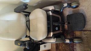 Quantum 600 series power chair