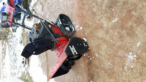 noma snow blower with tracks works great can deliver
