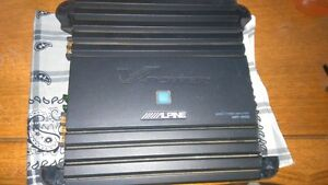 500 WATT RMS ALPINE MONO BLOCK AMP 4 SALE