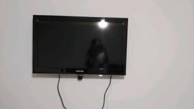 "Samsung 32"" TV"
