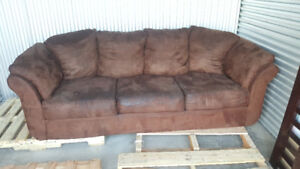 -- Brown Microfiber Couch. $100 Takes It. Great Deal --