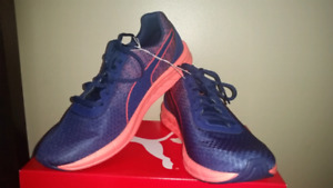 NIB - Women's Blue Coral Running Workout Training Shoes Size 10