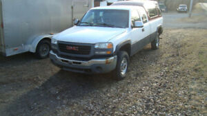 2003 GMC C/K 2500 hd Pickup Truck