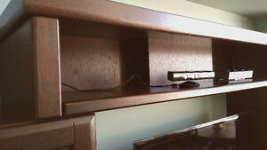 TOP PIECE / BRIDGE FOR ENTERTAINMENT CENTER
