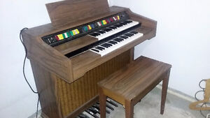 Organ for Sale ! - The Musical Kind !