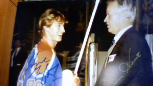 Amazing print signed by Gretzky and Howe London Ontario image 1