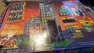 Vintage GIRDER AND PANEL  2 set in 1 box  elevator is missimg  C