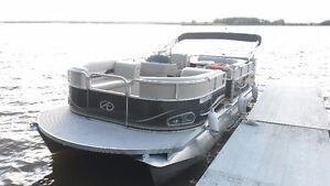 2012 Avalon LS2100 with 90hp Mercury