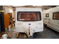 BAILEY DISCOVERY 400/4 SB 4 BERTH FIXED SINGLE BEDS ONLY 956KGS UNLADEN