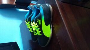 soulier de sport puma pour garcon taille 12
