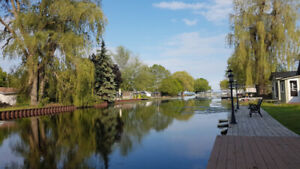 The Lodge - Park your boat in your backyard Rondeau Bay
