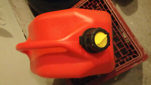 9.4 L RED  Plastic Gas Can (Incl. High Octane Fuel) Kingston Kingston Area image 2