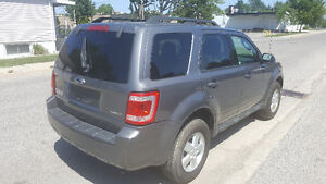 2009 Ford Escape XLT SUV, Certifed and E-tested London Ontario image 6