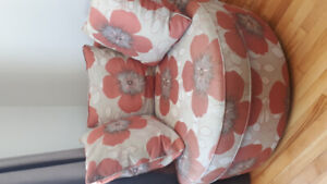 Stylish round  patterned chair