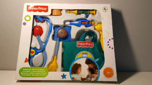Trousse docteur FISHER PRICE  neuf