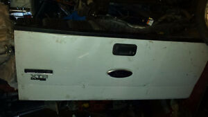2008 FORD F150, REAR TAILGATE (No Rust)