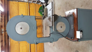 Beaver bandsaw model 3300 - 14 in / very good condition
