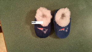 Patriots sz 6-9 months slippers