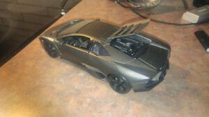 Burago diecast 1/18 Lamborghini Reventon in rare grey