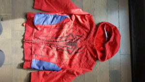 L@@K >>>>>> Marvel size 5/6 hoodies and jackets