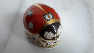 Royal Crown Derby signed paperweight