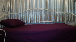 Twin Day Bed with Mattress