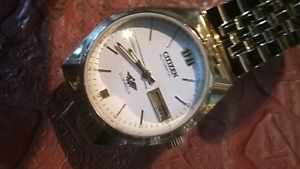 Citizen automatic watch gold plated mint condition