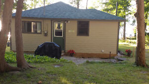 FALL SPECIAL - NEWLY RENOVATED 2 BEDROOM
