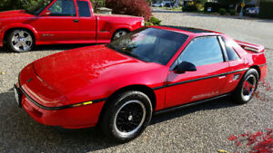 SALE SALE Summer Blowout REDUCED 88 Pontiac Fiero Formula