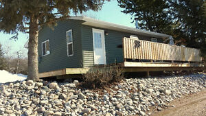 Furnished All-Season Family Cottage/Cabin - Jackfish Lake