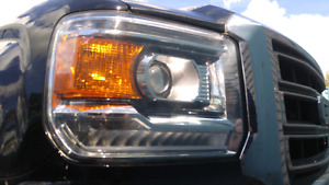2014 GMC 1500 Projector Headlight LED DRL
