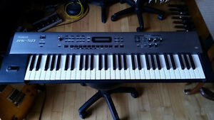 Roland RS 50 Synthesizer