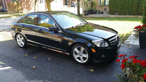 2010 Mercedes-Benz 300-Series 4 matic Sedan