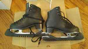 MENS Jackson Figure Skates with Size 2 Boot and 9 Blade