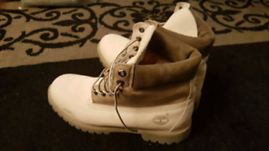 COLLECTOR'S!! RARE Timberland White Men Suede Boots