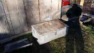 Aluminum box Prince George British Columbia image 1