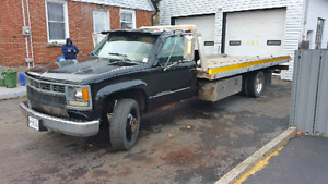 1995 chevy 3500 HD tilt &  load with wheel lift