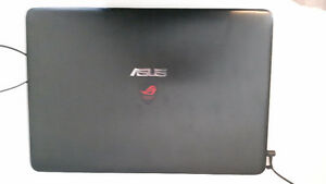 ASUS G771JM-DH71-CA Republic of Gamers (ROG) négo.
