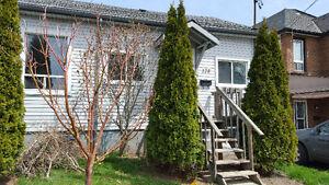 2 Bedroom Semi-detached Hamilton Home for Rent!